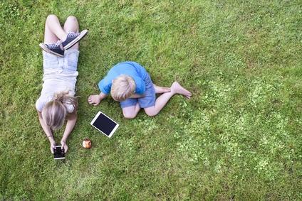 Pourquoi les enfants d'aujourd'hui sont-ils de plus en plus émotionnellement indisponibles ?